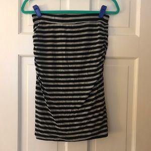 5 for $25! Banana Republic fitted midi skirt, S
